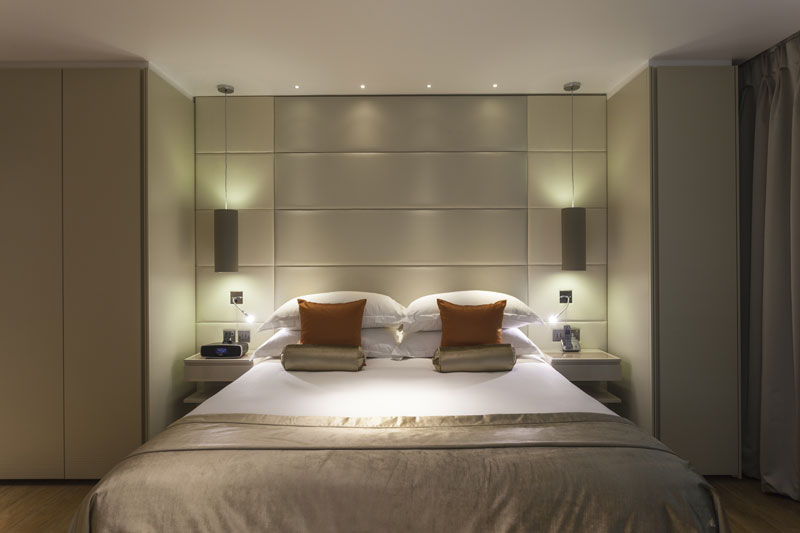 Cheval Three Quays bedroom