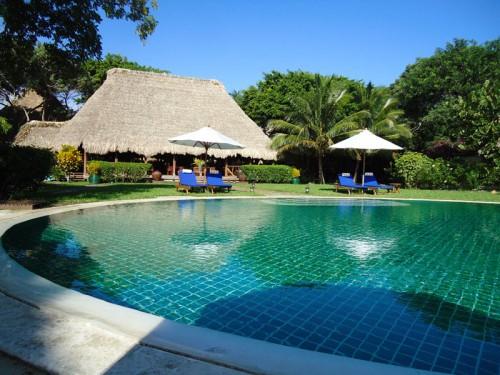 Fishing Belize Turtle Inn swimming pool