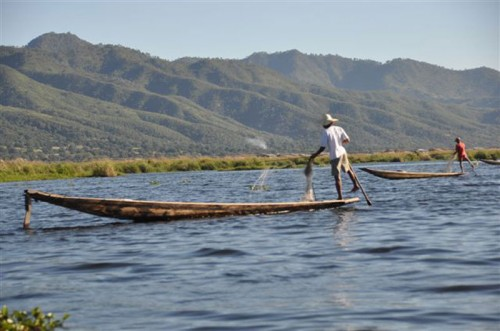 Foot paddler fishing on Inle Lake
