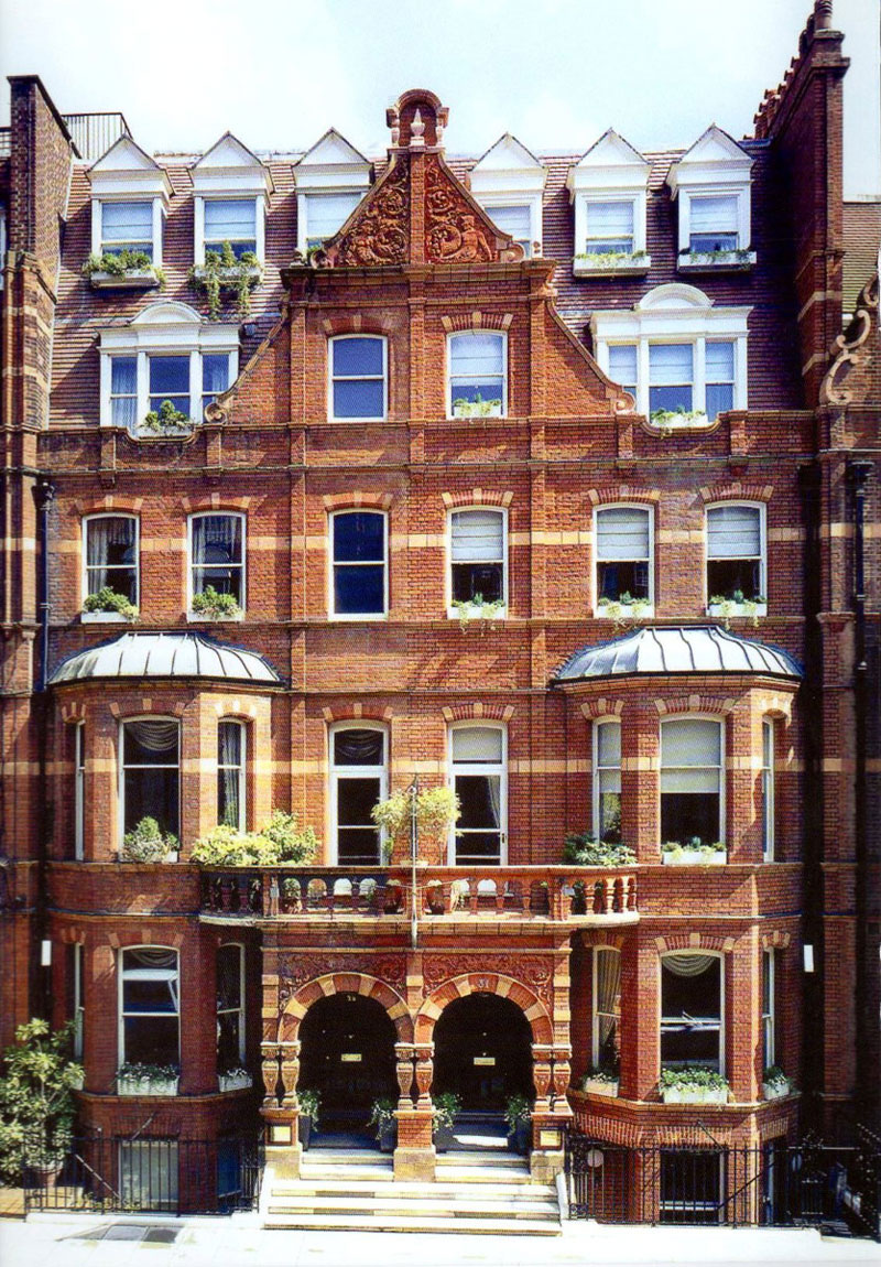 Front-of-San-Domenico-House-Hotel-in-Chelsea