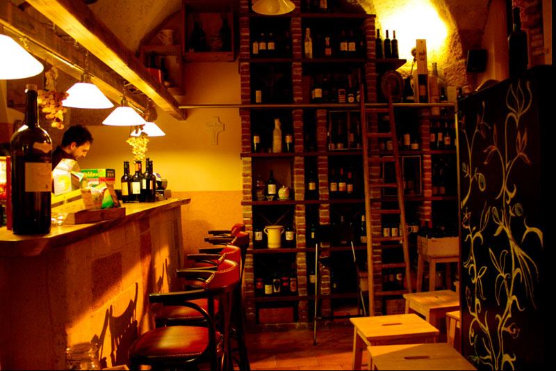 Giudamino Vineria in Mesagne Puglia