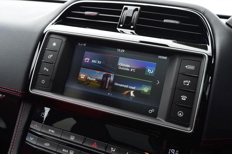 Jaguar F Pace R Sport 2.0d 180PS AWD infotainment system