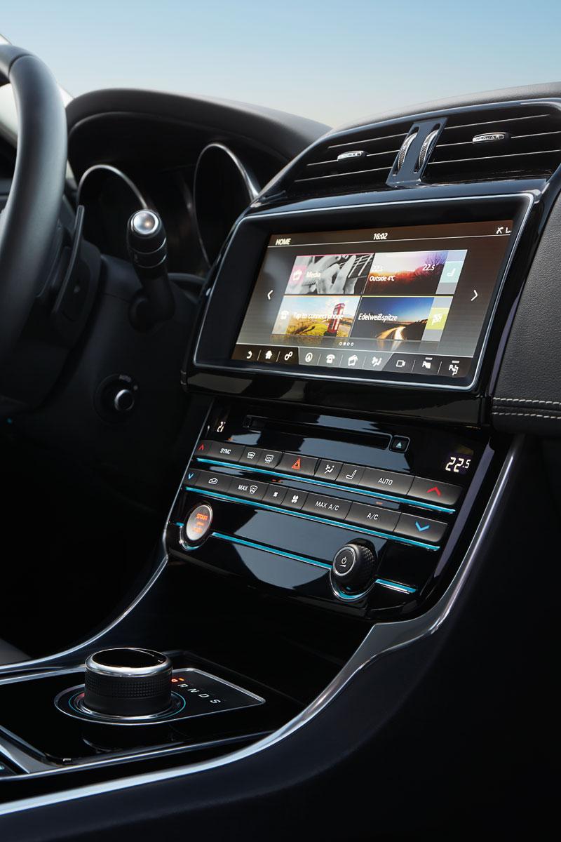 Jaguar XE SE 163PS Diesel Auto Saloon