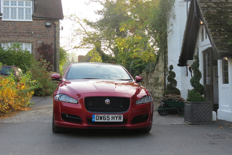Jaguar XJ R Sport SWB 3.0 V6 300PS at Ockenden Manor Cuckfield