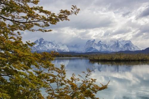 Lago Pehoe Patagonia