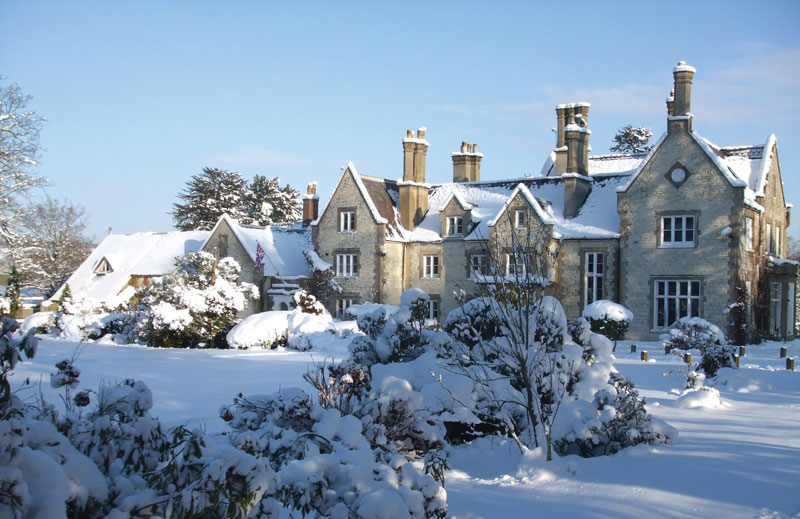 Langrish-House-in-the-snow