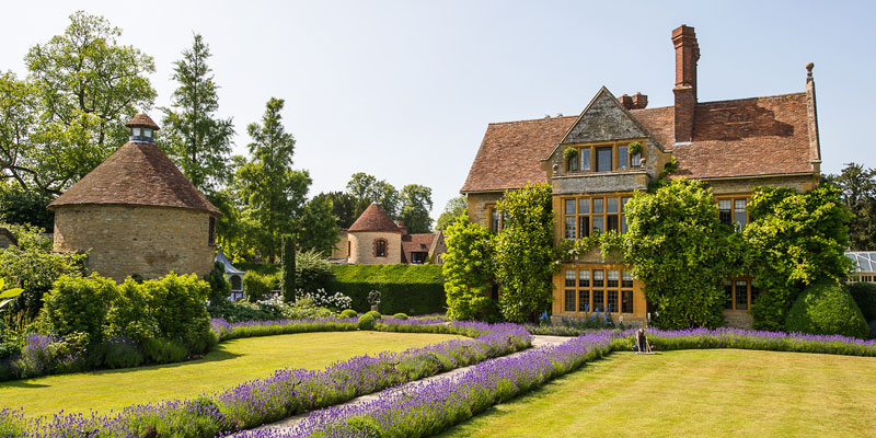 Le Manoir Quat Saisons Horel and Dove Cote
