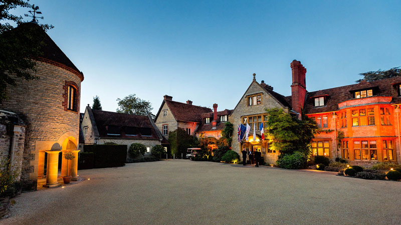 Le Manoir Quat Saisons lit for the 2014 Music Festival