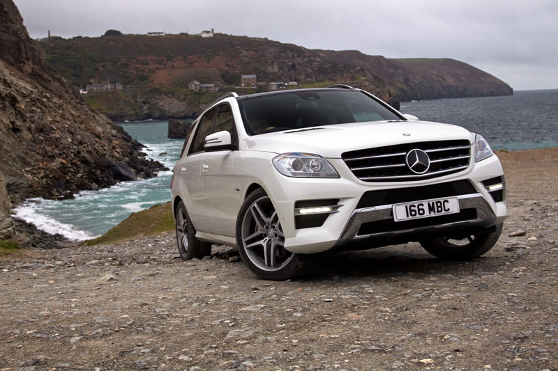 Mercedes M 350 posing on the shore line