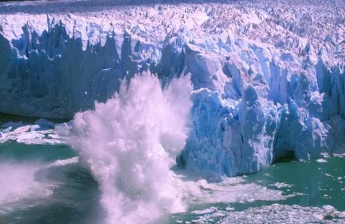 Perito Moreno glacier meets Lago Argentino