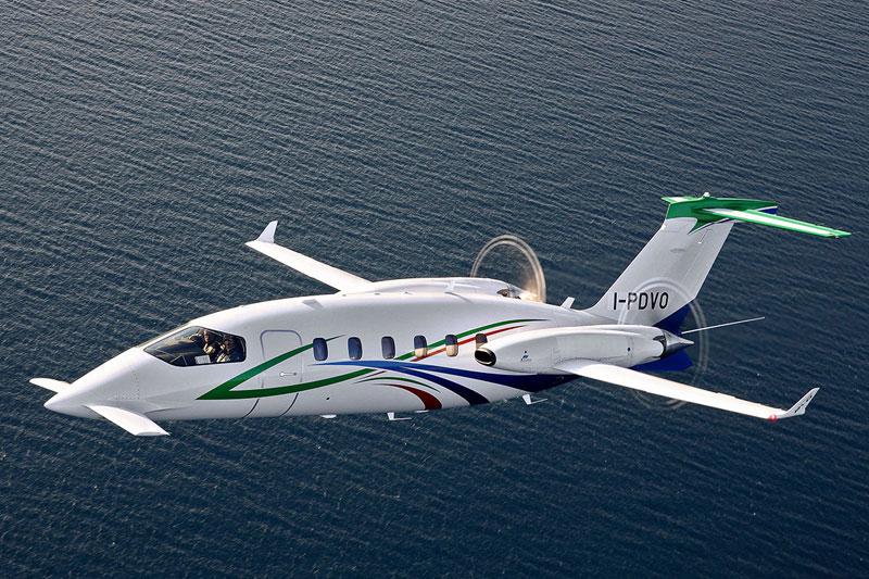 Piaggio Avanti EVO private jet