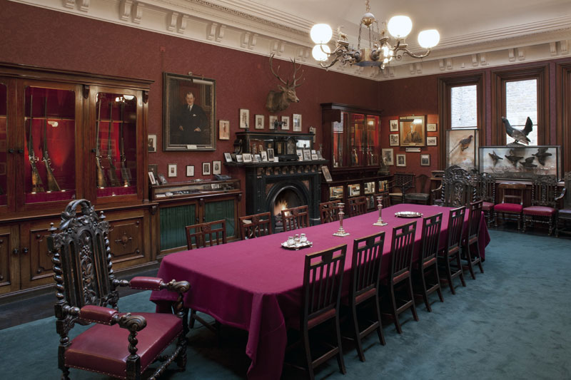 Purdey-&-Sons-Long-Room