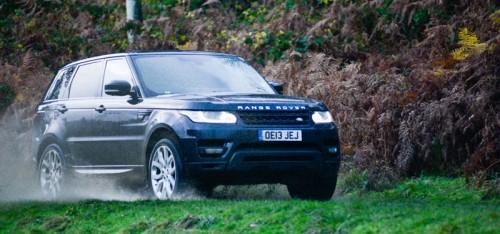 Range-Rover-Sport-in-Hulne-Park-Alnwick