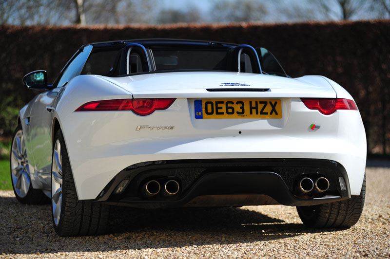 Rear-view-Jaguar-F-Type