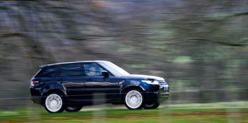 Robert-Jarman-speeding-through-the-park-at-Alnwick