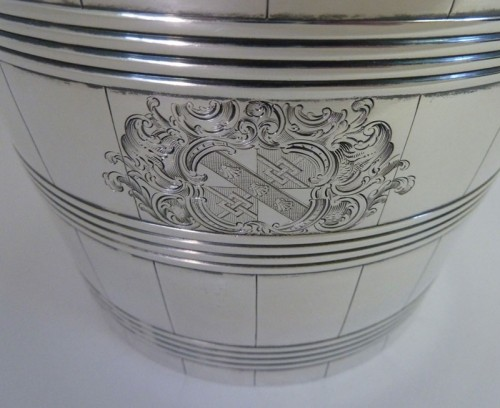 Silver-Georgian-Wine-Cooler-Armorial-detail