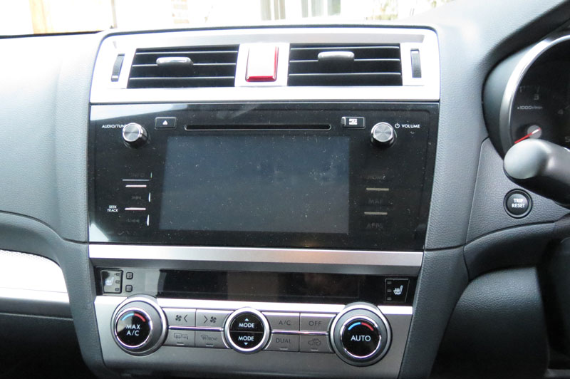 Subaru Outback 2.00 SE Diesel 5-doorEstate Entertainment System