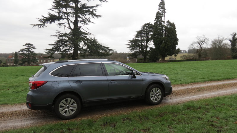 Subaru Outback 2.00 SE Diesel 5-door Estate off road