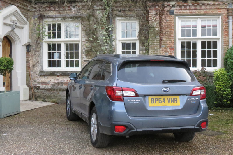 Subaru Outback 2.00 SE Diesel 5-door Estate Rear view