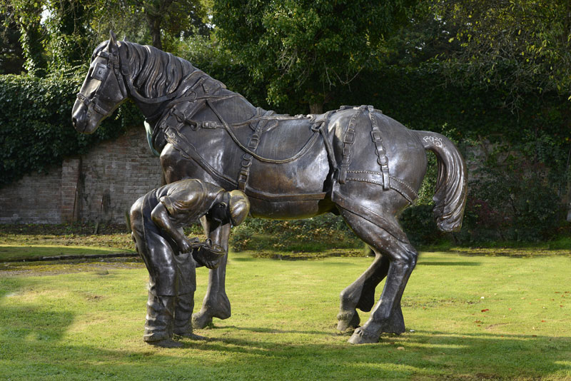 Summers-Place-Auction-21-October-2014-Large-Bronze-Horse