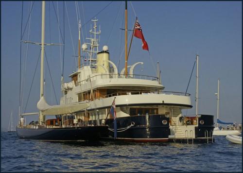 Velsheda and her award winning support boat, Bystander