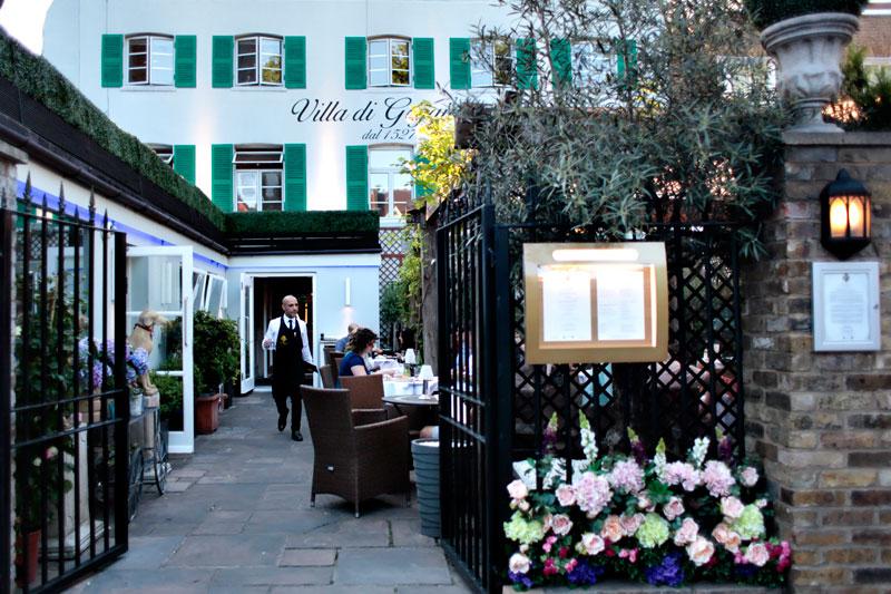 Villa de Geggiano in Chiswick terrace